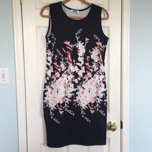 Stunning sleeveless dress